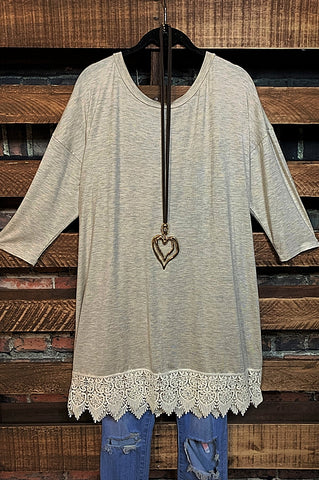 A PIECE OF MY HEART BABYDOLL DRESS IN BROWN & TAUPE