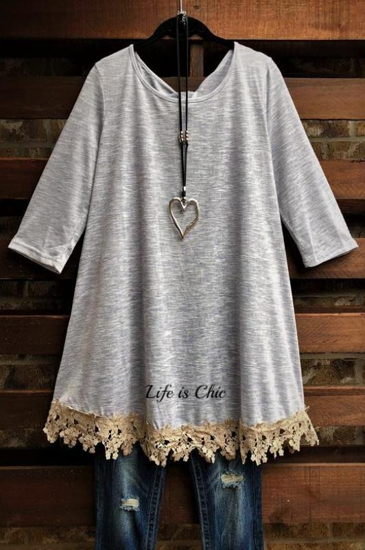 FOR EVERY MOMENT LACE  T-SHIRT TUNIC IN BLUISH-GRAY