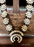 BEAUTY INFLUENCE SET NECKLACE IN IVORY & COPPER