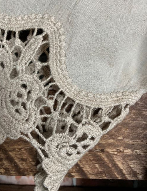 EVER SO SWEET LACE 100% COTTON EMBROIDERED KIMONO DUSTY MOCHA------sale