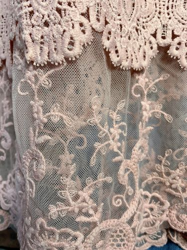 FOREVER MINE LACE LAYERING DRESS EXTENDER SLIP TOP IN LIGHT PINK