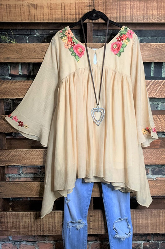 FOREVER ROMANCE PRETTY FLORAL EMBROIDERED TUNIC IN BEIGE - large--------sale