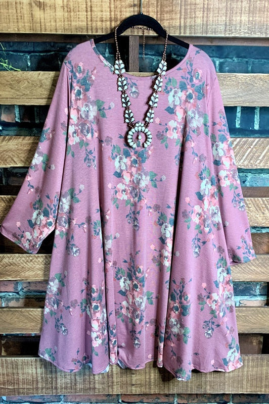 LOOK SO PRETTY  FLORAL SWEATER TUNIC DRESS IN MAUVE 3X-5X