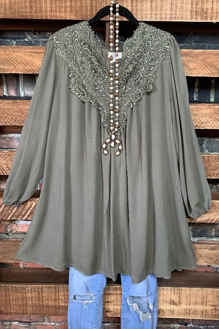 UNDER THE TUSCAN SUN CHIFFON BELL SLEEVE TUNIC IN PLUS SIZE---------------sale