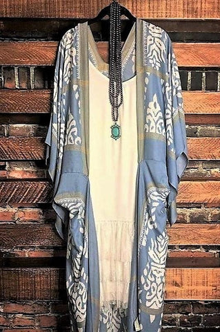 SECRETS OF THE HEART FLORAL FRINGE TUNIC IN CREAM