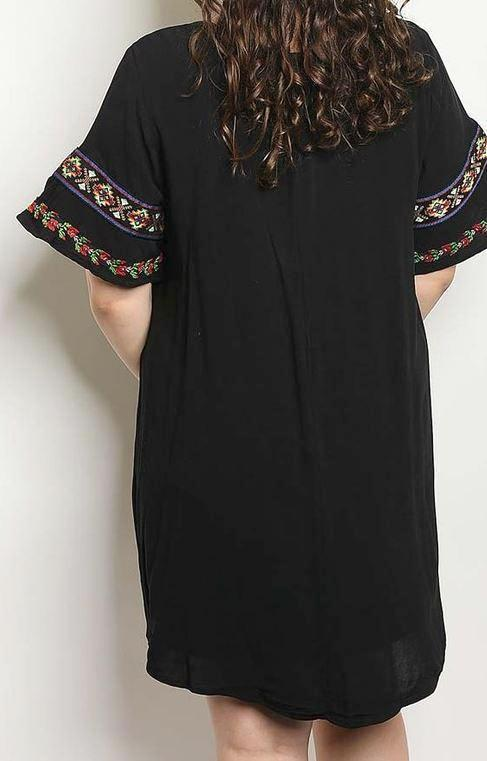 BEAUTIFUL EMBROIDERED TUNIC IN BLACK