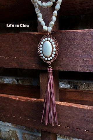 LONG NECKLACE LAYERED PEARL IN PINK TONES