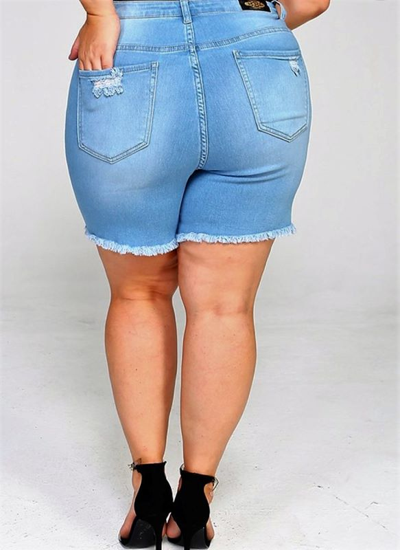 STYLE DISTRESSED SHORT XL/1X 2X 3X LIGHT BLUE