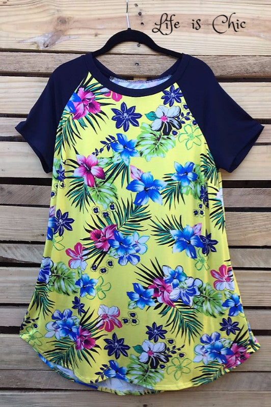 HAWAIIAN ISLAND BEAUTY T-TUNIC IN YELLOW MIX - sale [product vendor] - Life is Chic Boutique