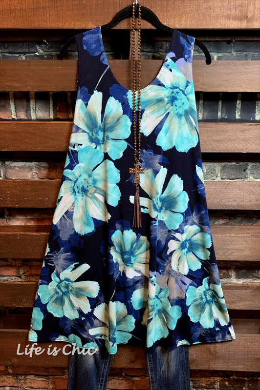 SEA COAST GARDENS DRESS IN BLUE & BLACK