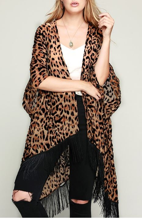 CHARM YOUR WAY FRINGE BURNOUT VELVET ANIMAL PRINT KIMONO