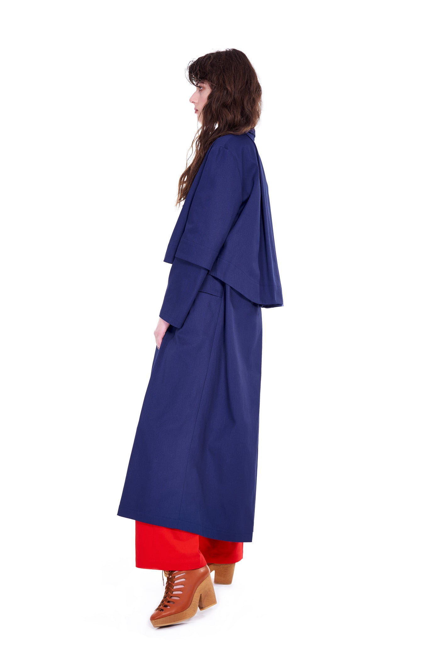 plaszcz niebieski oversize blue navy coat side