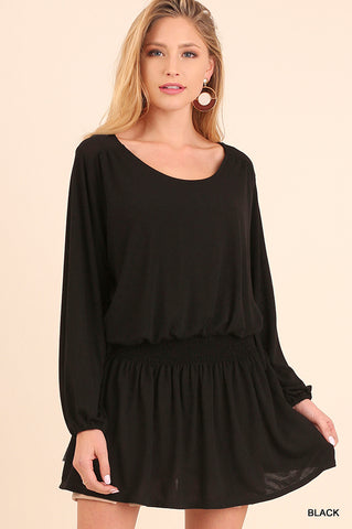 Relaxed Fit L/S Tunic with cinched waist detail. BLACK