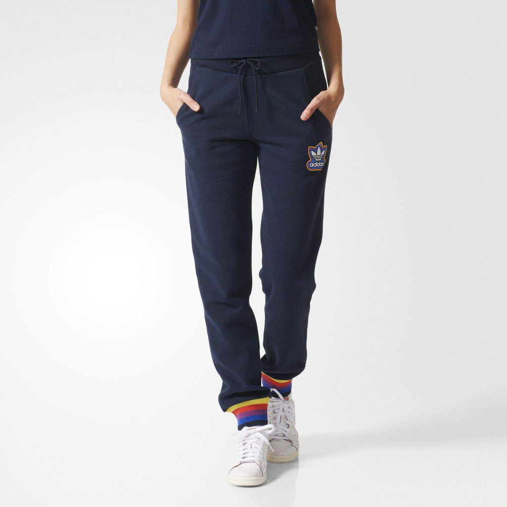 Adidas Originals track pants  mujer seguro Financial Services Ltd