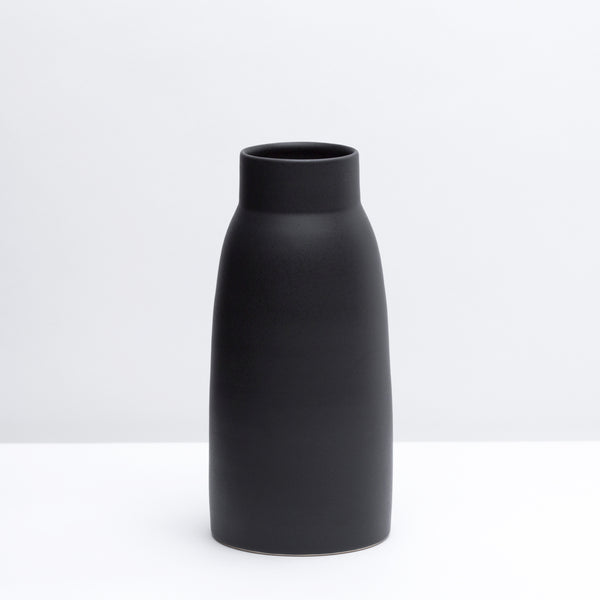 Vase No. 1 / Dusty Black - Corbé