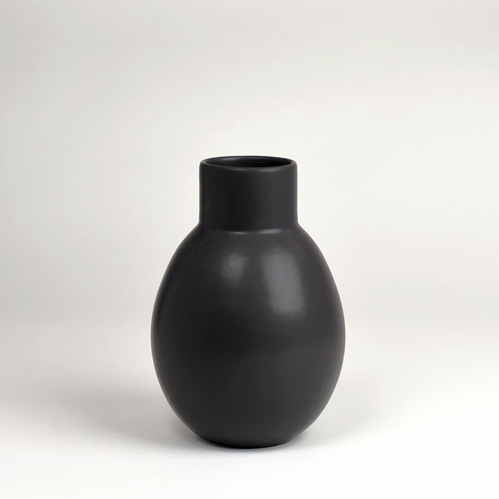 Vase No. 7 / Dusty Black