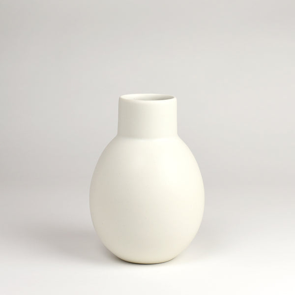 Vase No. 7 / Salt - Corbé