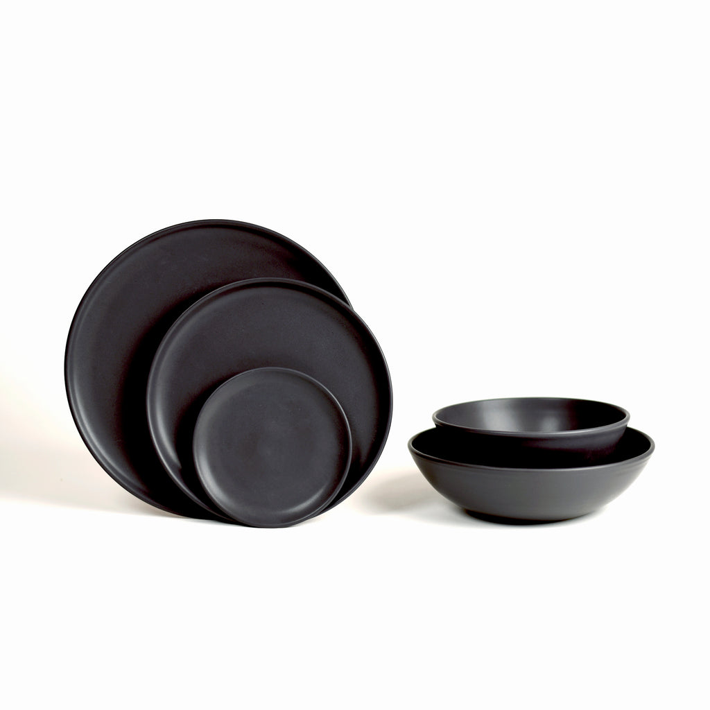 Dinnerware Set / Dusty Black