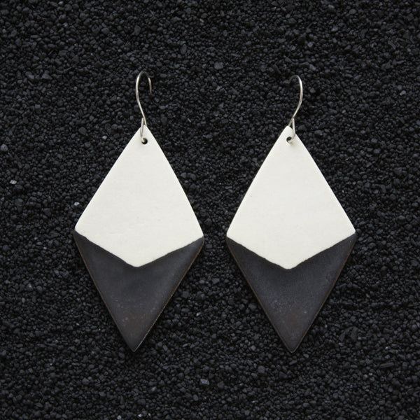 Diamond Earrings / Smoky Earth - Corbé Company - handmade - ceramics - 1