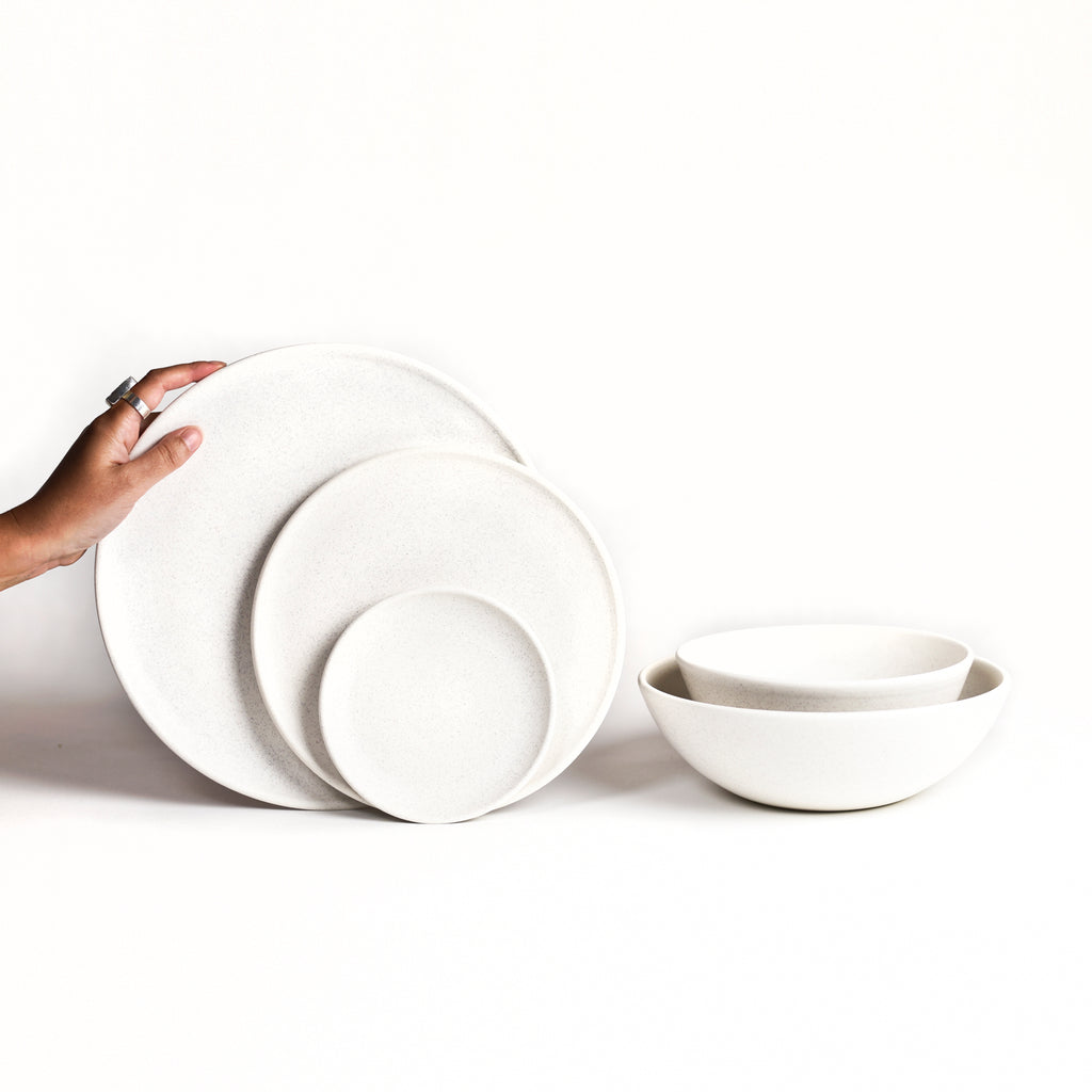 Dinnerware Set / Freckle