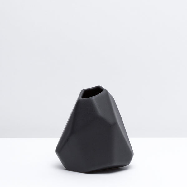 Vase No. 1 / Dusty Black