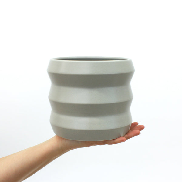 Medium Planters / Pewter - Corbé