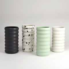 Standard Ridge Vase / Dusty Black - Corbé