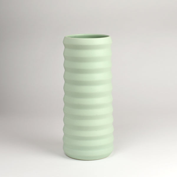 Tall Ridge Vase / Mint - Corbé