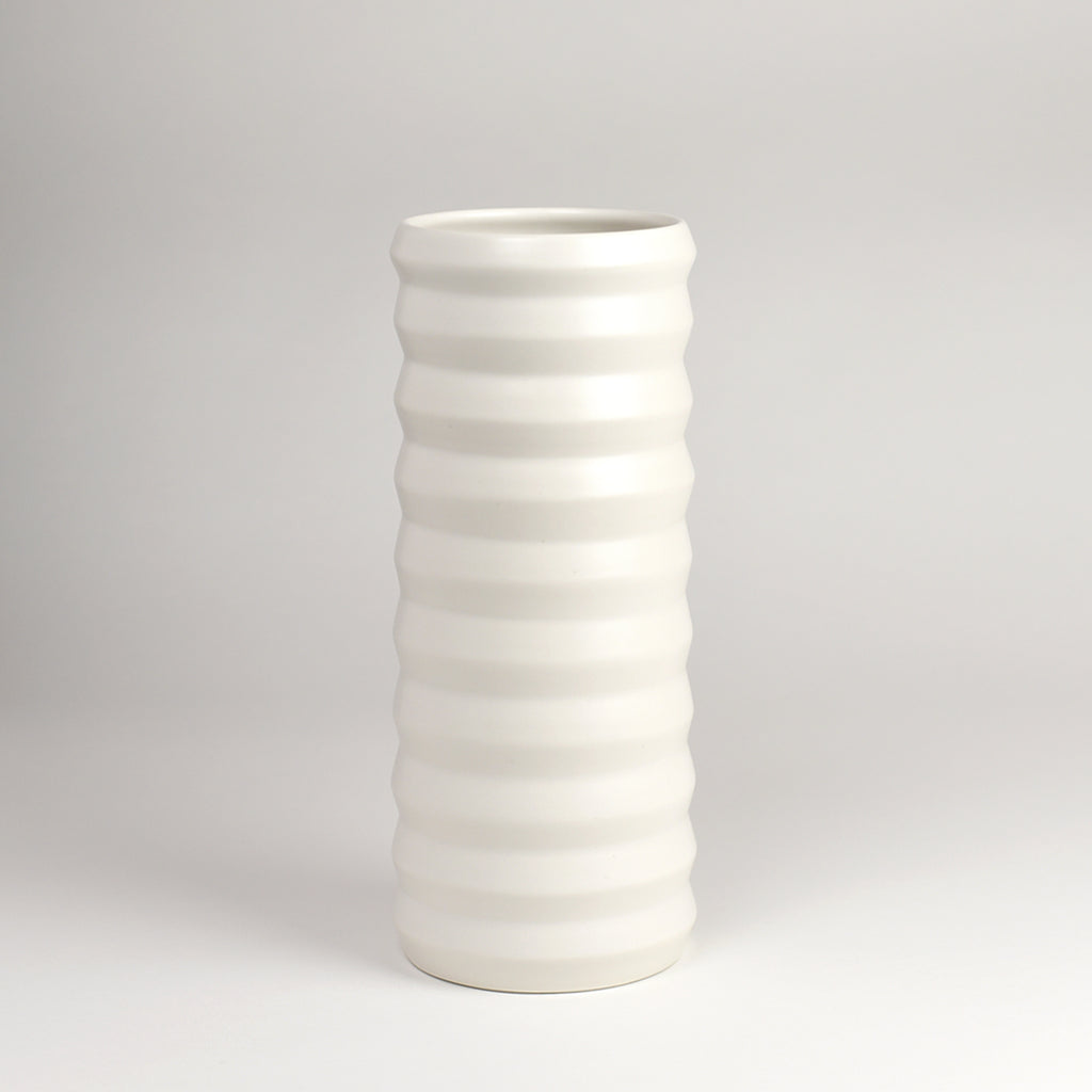 Tall Ridge Vase / Salt