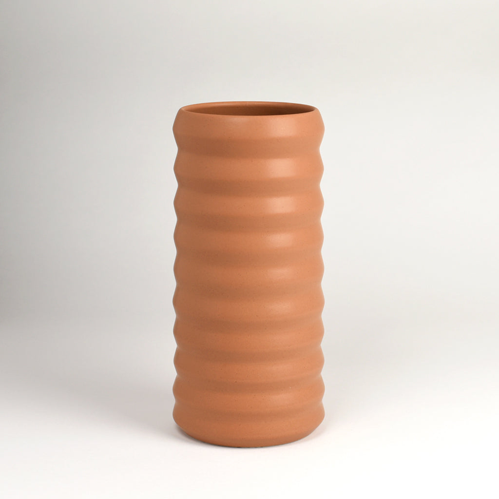 Tall Ridge Vase / Toast
