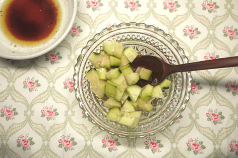 Refreshing Cucumber Salad with Balsamic Vinegar