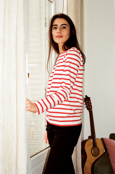 The Breton Top, Red