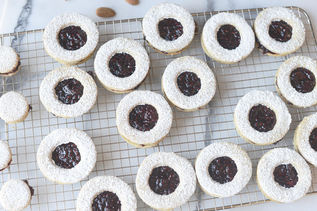 Vegan Linzer Christmas cookies finished