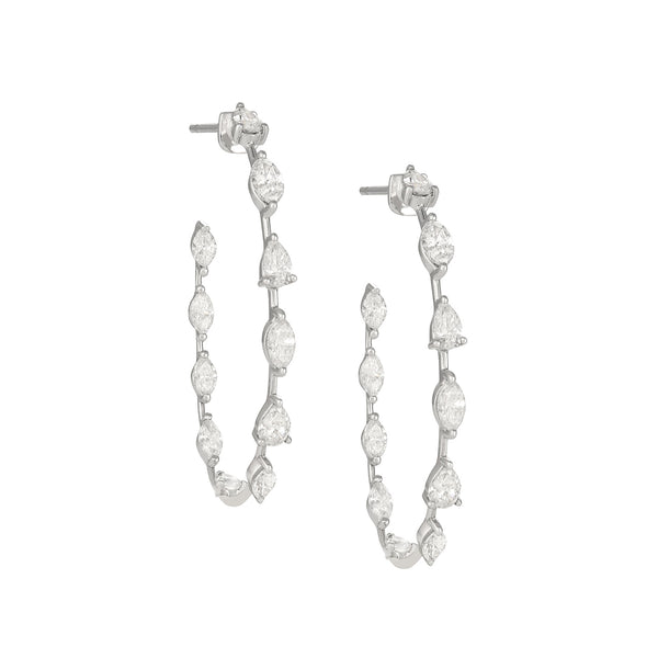 Hoop Earrings in White Gold with Pear Shaped Diamonds.