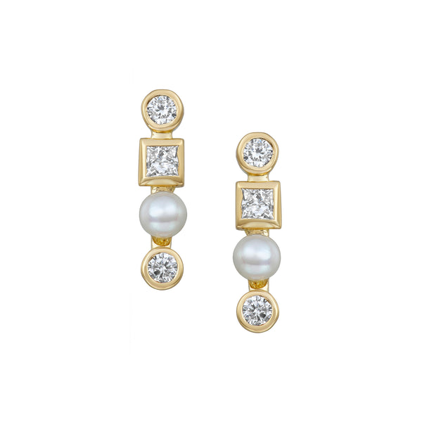 Triple Diamond Bar Stud Earrings in Yellow Gold made with Diamonds and Pearls.