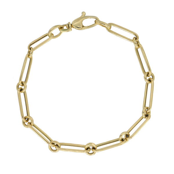 Link Chain Bracelet in Yellow Gold.