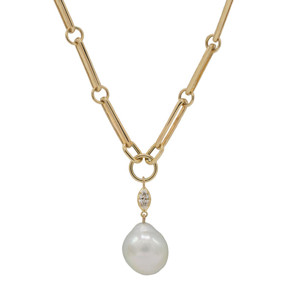 Multi Link Chain Necklace in Yellow Gold with Diamonds and a Baroque Pearl