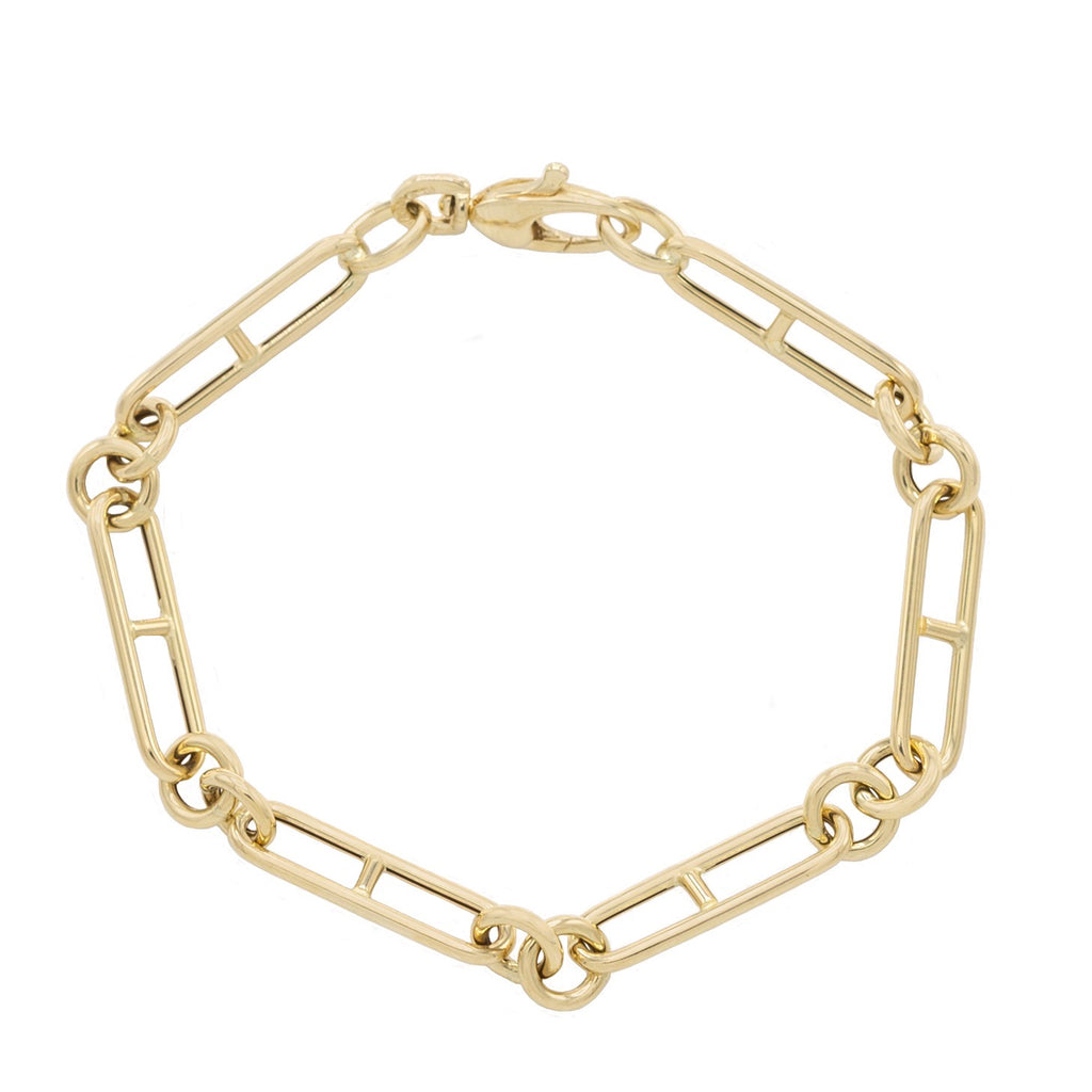 H Chain Link Bracelet in Yellow Gold.