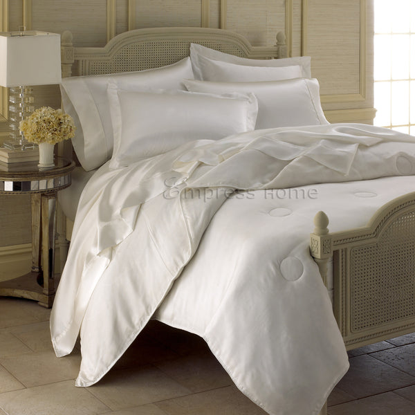 100% Mulberry Silk Comforter - Silk Cover with Silk Fill