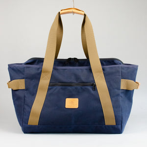 The County Weekender (Waxed Navy)