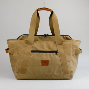 The County Weekender (Waxed Tan)