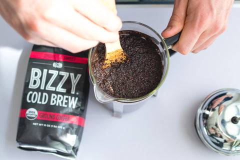 How to make cold brew coffee: coarse ground coffee