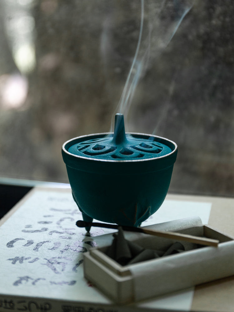 Wave Incense Holder