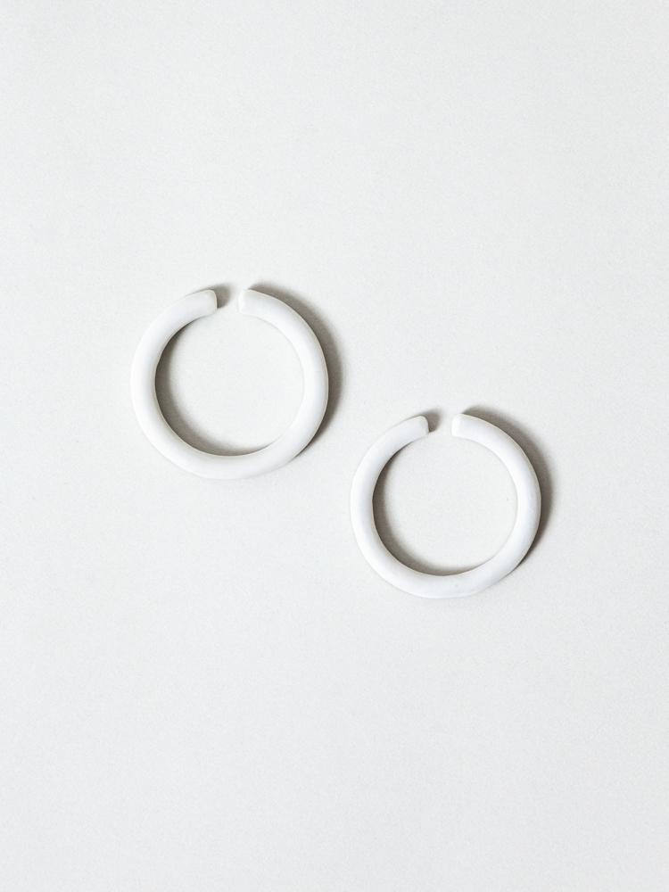THIS SIDE Earrings - Platinum