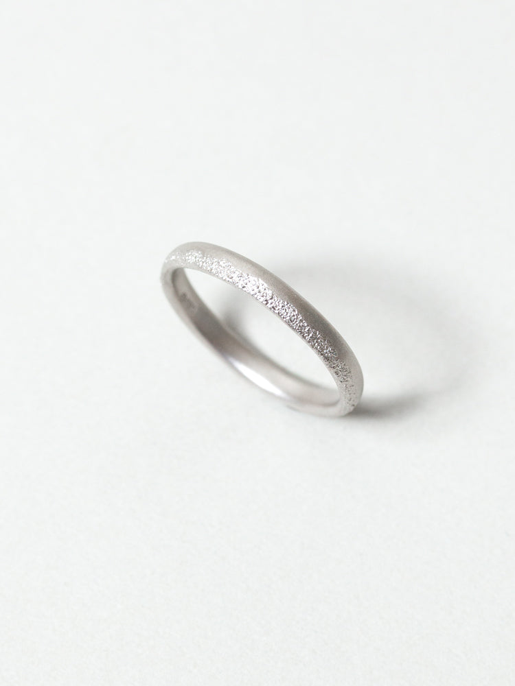 Edge Cast Platinum Wedding Band