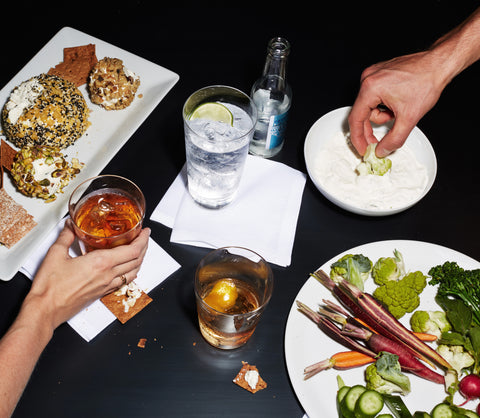 Cocktails and hors d'oeuvres