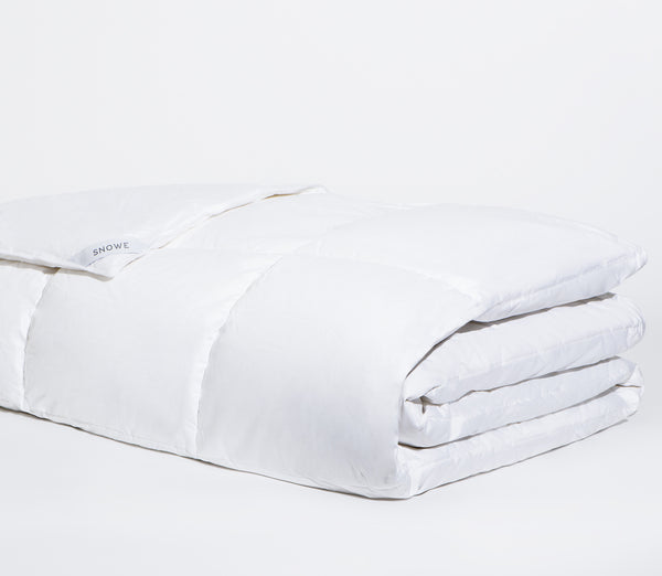 down alterantive alt comforter lightweight