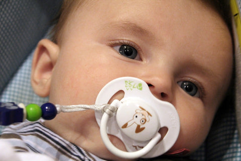How to Wean Baby Off of the Pacifier