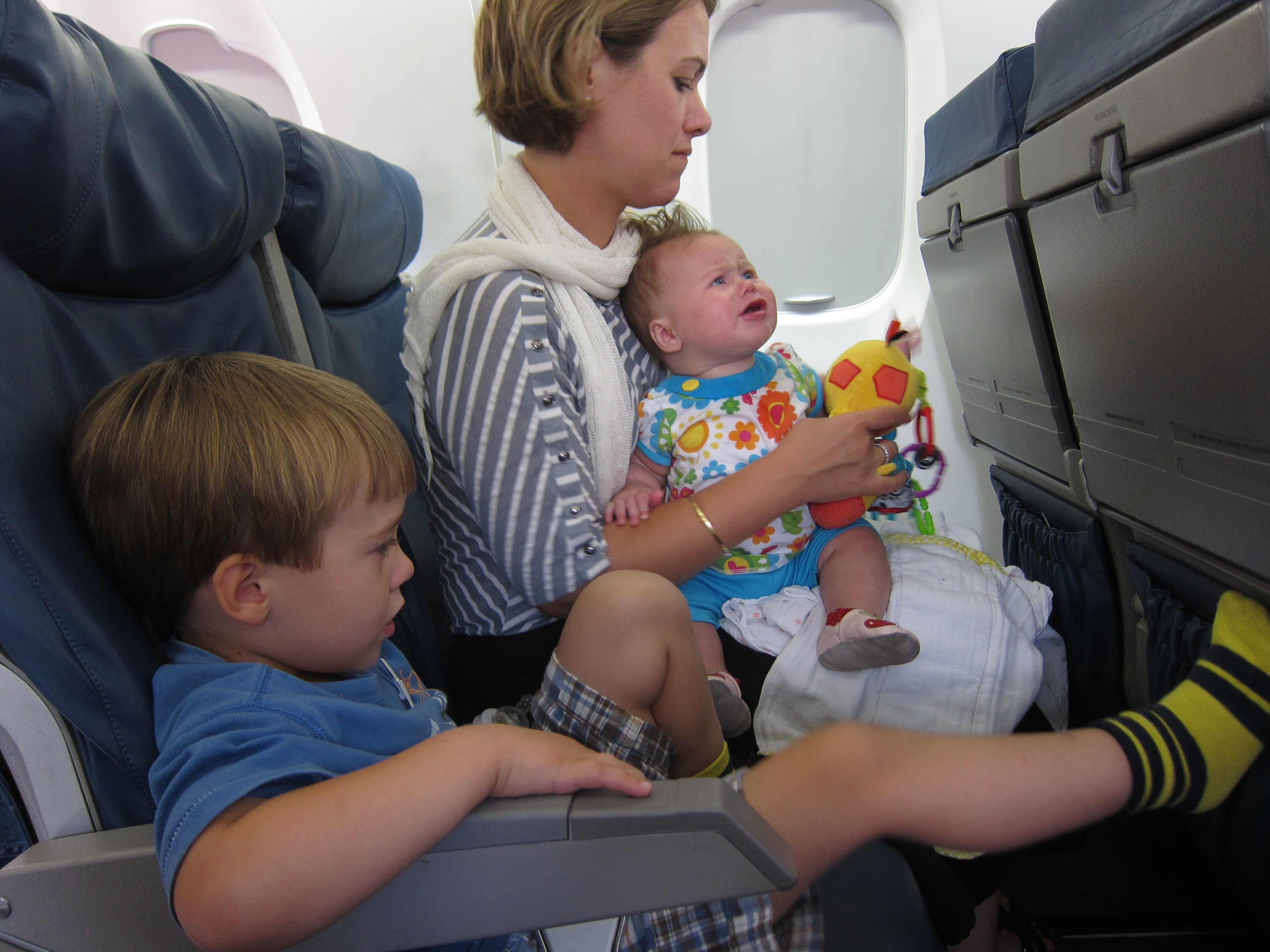 Ways to Calm a Fussy Baby on an Airplane