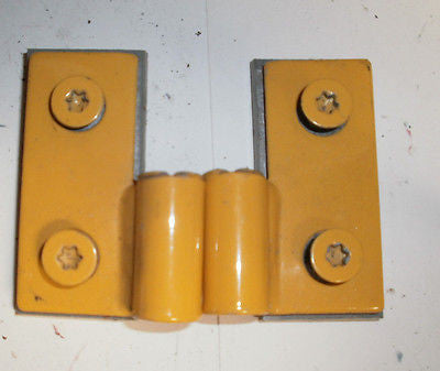 Jeep Wrangler TJ Lower Door Pin Hinges Bracket 97-06 Set OEM Solar Yellow